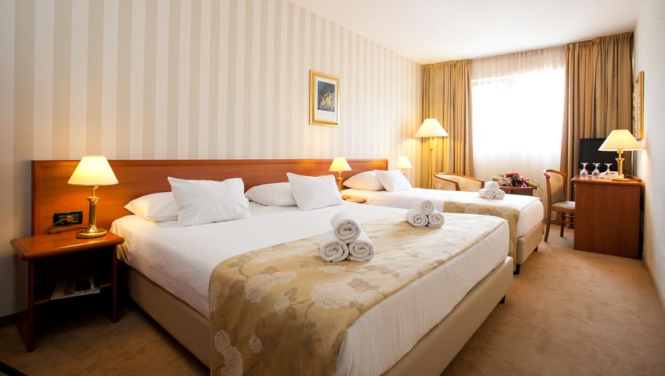Rooms In Hotel Globo Split Hotel Globo